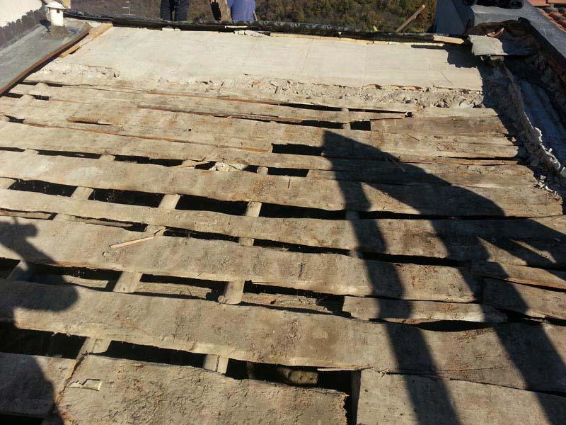 Lavori di ristrutturazione completa del tetto con l'utilizzo dell'unicoppo possagno 2
