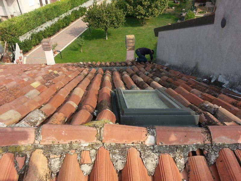Lavori di ristrutturazione completa del tetto con l'utilizzo dell'unicoppo possagno 1