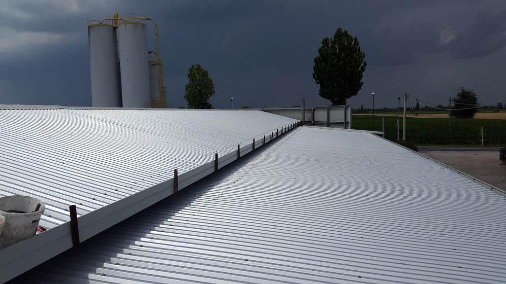 rifacimento copertura industriale e bonifica amianto