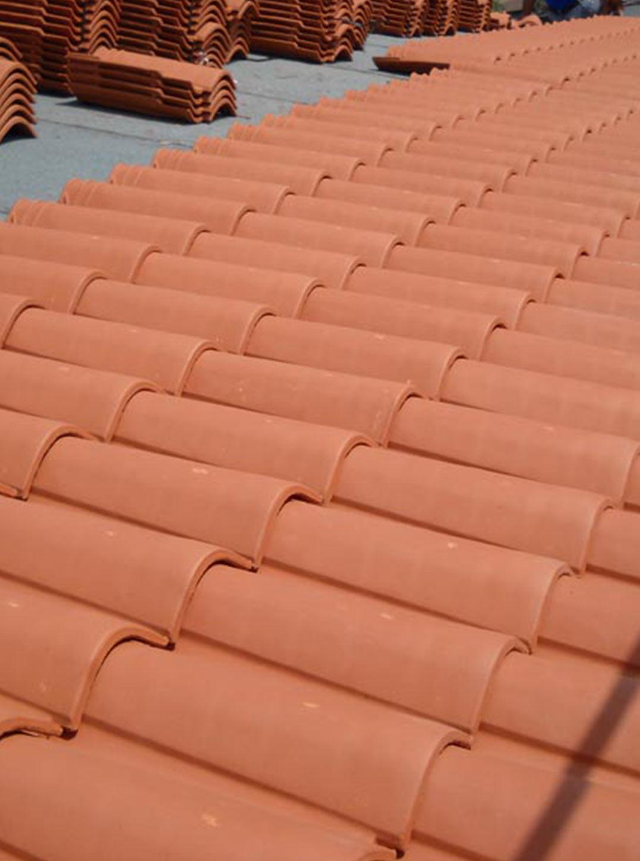 Realizziamo tetti in coppo