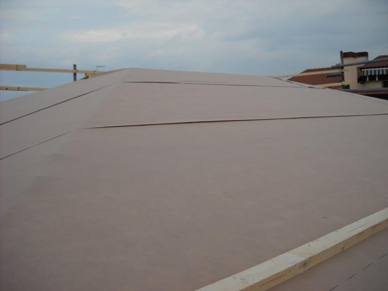 Impermeabilizzazione del tetto ventilato in legno