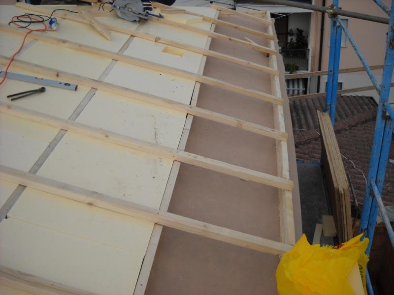 realizzazione di un tetto ventilato in legno